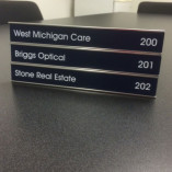 Nameplate-Holder-Triple